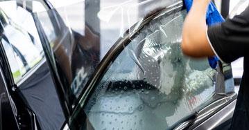 Лобовое стекло на Hyndai Solaris 5D HB